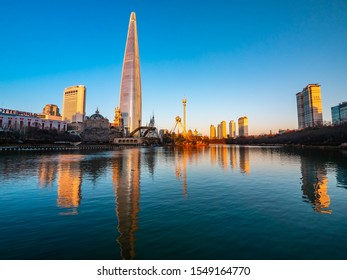 Seoul, South Korea : 8 December 2018 Beautiful architecture building Lotte tower is the one of landmark in Seoul City