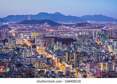 Seoul, South Korea city skyline nighttime skyline.