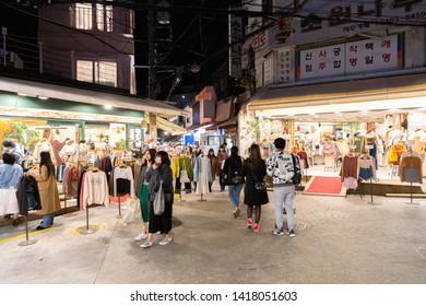 SEOUL SOUTH, KOREA - OCT 21,2018 : Nightlife Hongdae(Hongik University) shopping street. Hongdae is a shopping cultural street for young people in Seoul.