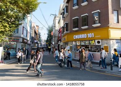 SEOUL SOUTH, KOREA - OCT 21,2018 : Hongdae(Hongik University) shopping street. Hongdae is a shopping cultural street for young people in Seoul.
