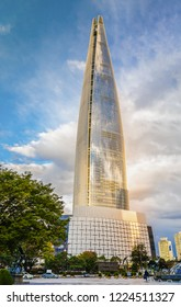 Seoul, South Korea - OCTOBER 18, 2018  : Lotte World Tower is wonderful Seoul skyline, a major tourist attraction in Seoul, South Korea.