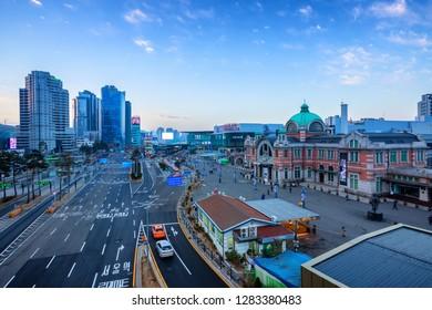 Seoul,South Korea -December 23, 2018: Seoullo 7017 Botanical Skyline park ,Sunrise and viewpoint of Seoul Station Square and  traffic in Seoul, South Korea.
