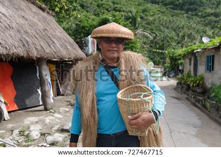 Uniforms for tour guides mandatory | bangkok post: news.