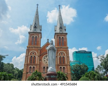 Sep 27, 2016 Notre Dame cathedral in Ho Chi Minh City, Vietnam