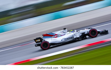 SEPANG, MALAYSIA - SEPTEMBER 29, 2017 : Felipe Massa of Brazil driving the (19) Williams Martini Racing on track during the Malaysia Formula One (F1) Grand Prix at Sepang International Circuit.