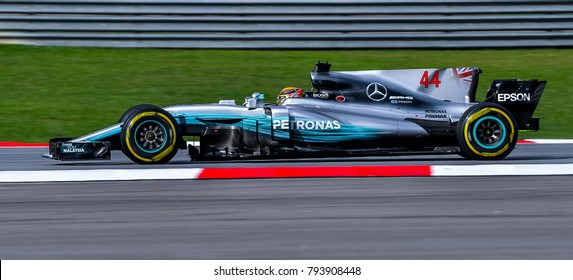 SEPANG, MALAYSIA - SEPTEMBER 30, 2017 : Lewis Hamilton of Great Britain driving the (44) Mercedes AMG Petronas on track during the Malaysia Formula One (F1) Grand Prix at Sepang International Circuit.