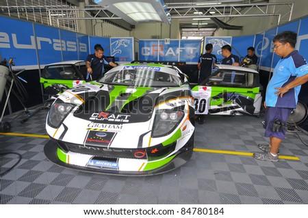 Sepang Malaysia Sept Mechanics Inspect Ford Gt Car Of Craft Euroasia Racing