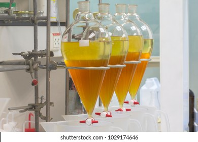separating natural product use ethylacetate with water have two layer in separating funnel
