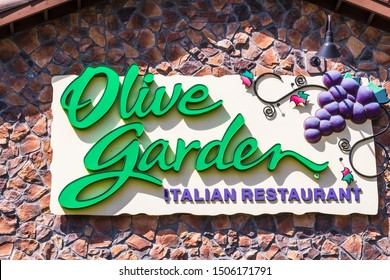 Sept 16, 2019 Milpitas / CA / USA - Olive Garden restaurant in South San Francisco Bay Area; Olive Garden is an American casual dining restaurant, subsidiary of Darden Restaurants, Inc.