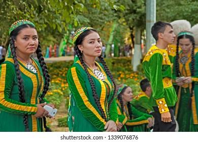 September, 12, 2017. Ashgabat, Turkmenistan : A group of dancers before the performance at the Kurban-Bairam Festival. September, 12, 2017. Ashgabat