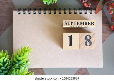 September 18, Natural notebook Calendar.