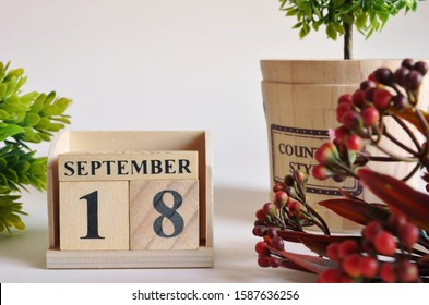 September 18, Vintage natural calendar.