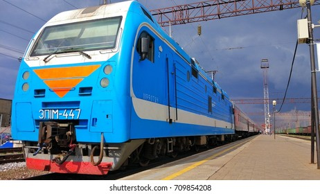 September 2, 2017, Voronezh, Russia: blue locomotive at the railway station Southeastern Railway