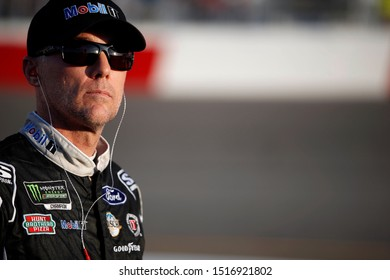 September 20, 2019 - Richmond, Virginia, USA: Kevin Harvick (4) gets ready to qualify for the Federated Auto Parts 400 at Richmond Raceway in Richmond, Virginia.