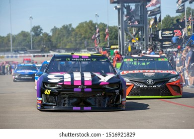 September 20, 2019 - Richmond, Virginia, USA: Jimmie Johnson (48) takes to the track to practice for the Federated Auto Parts 400 at Richmond Raceway in Richmond, Virginia.