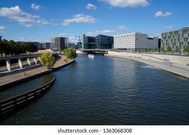 SEPTEMBER 2019 - BERLIN: Berlin Hauptbahnhof, Spree, Berlin-Tiergarten.