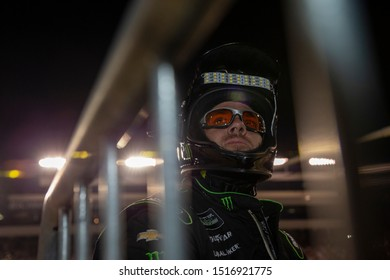 September 21, 2019 - Richmond, Virginia, USA: Kurt Busch (1) and crew make a pit stop under the lights for the Federated Auto Parts 400 at Richmond Raceway in Richmond, Virginia.