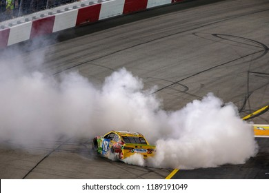 September 22, 2018 - Richmond, Virginia, USA: Kyle Busch (18) wins the Federated Auto Parts 400 at Richmond Raceway in Richmond, Virginia.