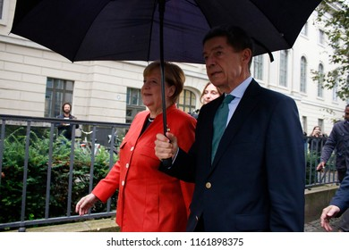 SEPTEMBER 24, 2017 - BERLIN: German Chancellor Angela Merkel, Joachim Sauer - election day.