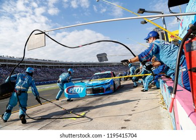 September 30, 2018 - Concord, North Carolina, USA: Darrell Wallace, Jr (43) makes a pit stop during the Bank of America ROVAL 400 at Charlotte Motor Speedway in Concord, North Carolina.