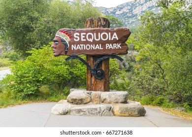 Sequoia national park 05/08/17:Sequoia national park sign in the entrance.