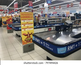 SEREMBAN, MALAYSIA. 17 JANUARY 2018. payment and cash desk in Tesco Supermarket