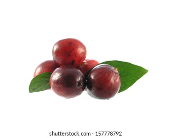 series of vegetable and fruits: cranberries isolated on white beackground