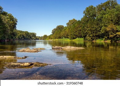 Serine and peaceful view of the James River just outside Scottsville Virginia.