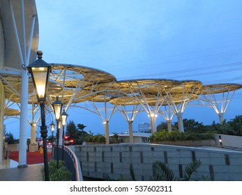 Alam sutera images stock photos vectors shutterstock serpong indonesia december 11 2016 entrance lobby of mall alam sutera thecheapjerseys Choice Image