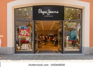 9f7ce4db1 Pepe Jeans Images, Stock Photos & Vectors | Shutterstock