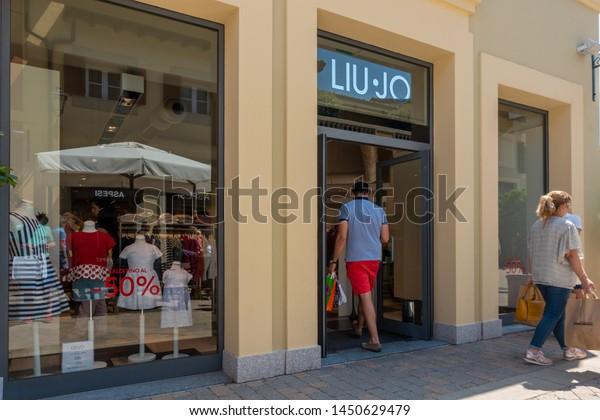 aluminio en voz alta seriamente  Serravalle Italy 07142019 Fashion Designer Outlet Stock Photo (Edit Now)  1450629479