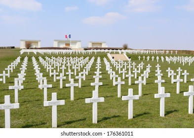 SERRE-LES-PUISIEUX, NORD-PAS-DE-CALAIS, FRANCE - MARCH 30: Serre-Hebuterne French Military Cemetery. The resting place of 834 French soldiers on March 30, 2013 in Arras, Nord-Pas-de-Calais, France