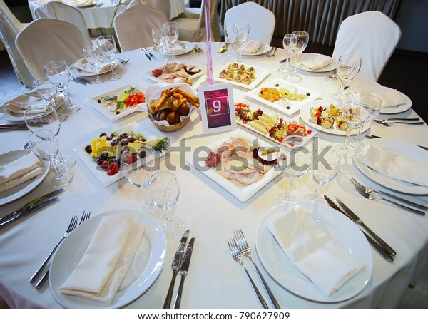 Served table at the banquet