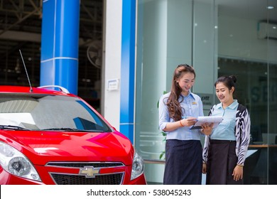 Service adviser tell information to customer. After Sale Service Chevrolet-Lao at Vientiane Capital, Laos. photo were taken on November 9 2016.