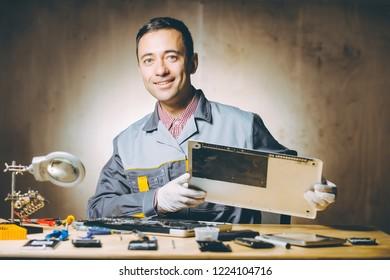 service repair electronics