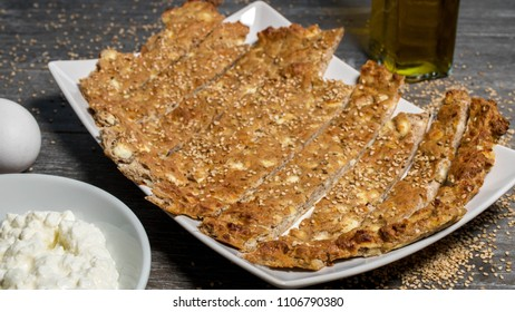 Sesame low carb bread