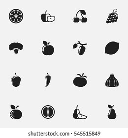 Set Of 16 Editable Food And Vegetable Icons. Includes Symbols Such As Sweet Pepper, Orange Slice, Onion And More. Can Be Used For Web, Mobile, UI And Infographic Design.