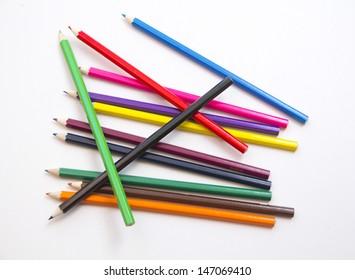 Set of colored pencils lie arbitrarily