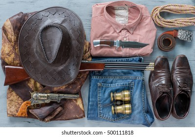 set of cowboy clothes, bandit, gun, USA, Wild West