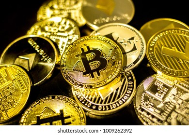 Set of digital coins bitcoin, litecoin, ethereum