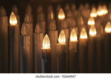 Set of electric votive candles