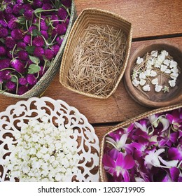 Set of flower; crown flower, orchid, amaranth, for making the bouquet in Thai style