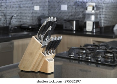 set of knives for kitchen