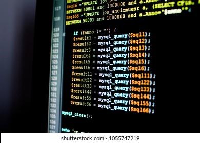 Satz von mysql-Abfragen in einer Datenbankverwaltungssoftware. Abfragen und Aktualisieren einer SQL-Datenbank, PHP-Skript zum Aktualisieren