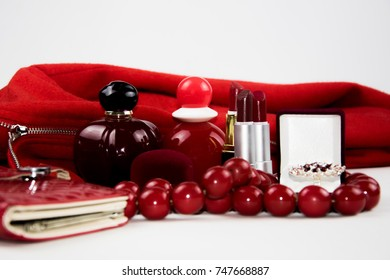 a set of objects of red color