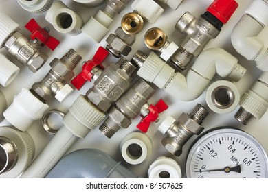 Set plumbing fittings