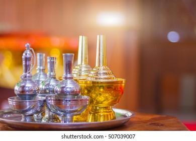 set pour ceremonial water