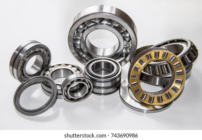 A set of various ball bearings and roller bearings