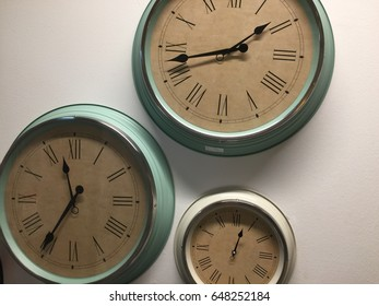 set of wall' clock, a lot of clock display the different timezone
