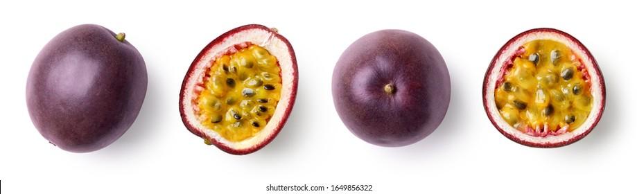 Satz von ganzen und der Hälfte frischen Passionsfrucht einzeln auf weißem Hintergrund, Draufsicht